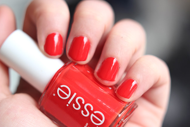 essie snap happy