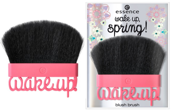 essence wake up spring blush brush