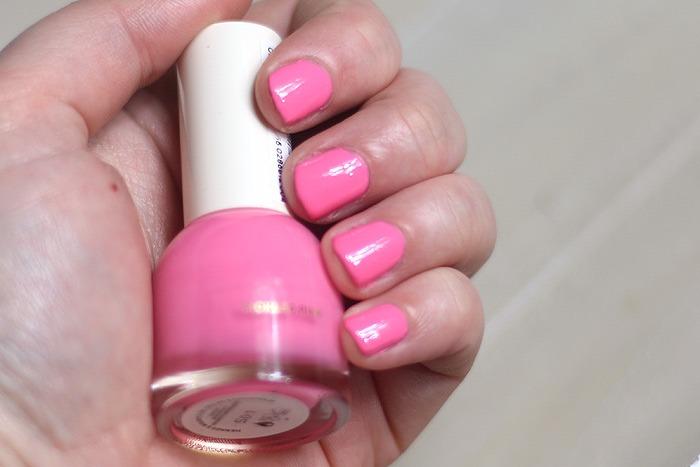 H&M tickled pink