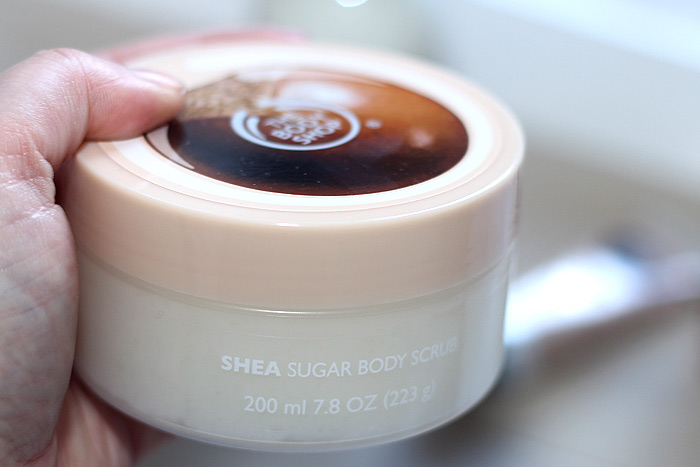 the body shop shea body scrub