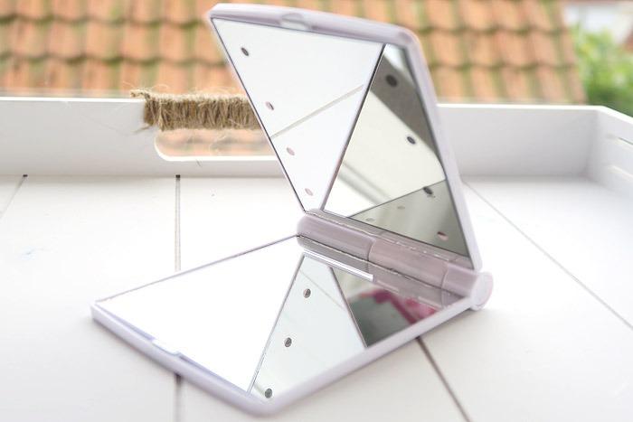 make-up spiegel met lichtjes van action