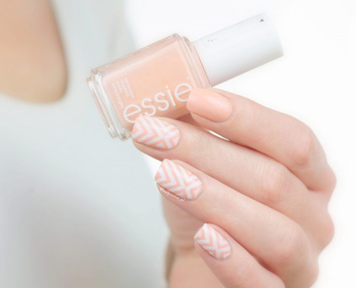 Geometric Peachy Nail Art