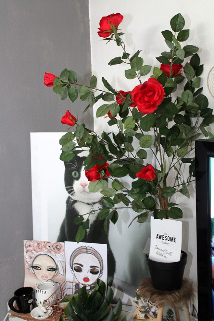 fotos van mijn zithoek rode nep rozen