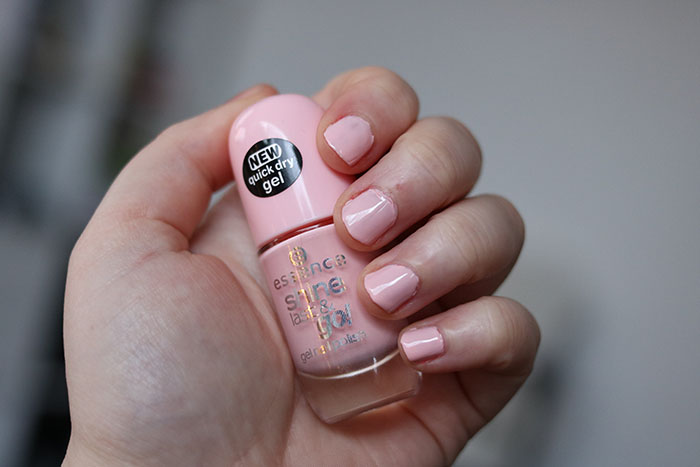 essence nagellak shine last & go nail polish millenial pink