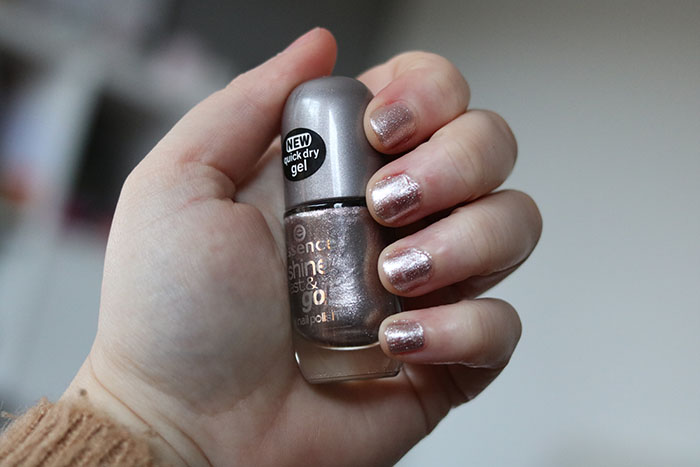 essence nagellak shine last & go nail polish razzle dazzle