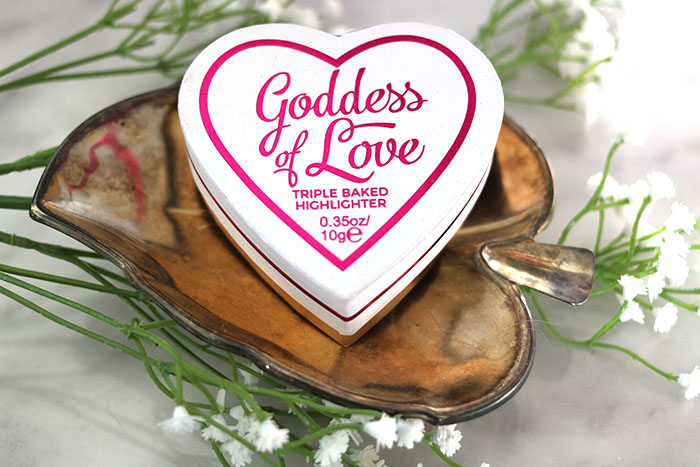 Goddess of Love triple baked highlighter van I Heart Makeup