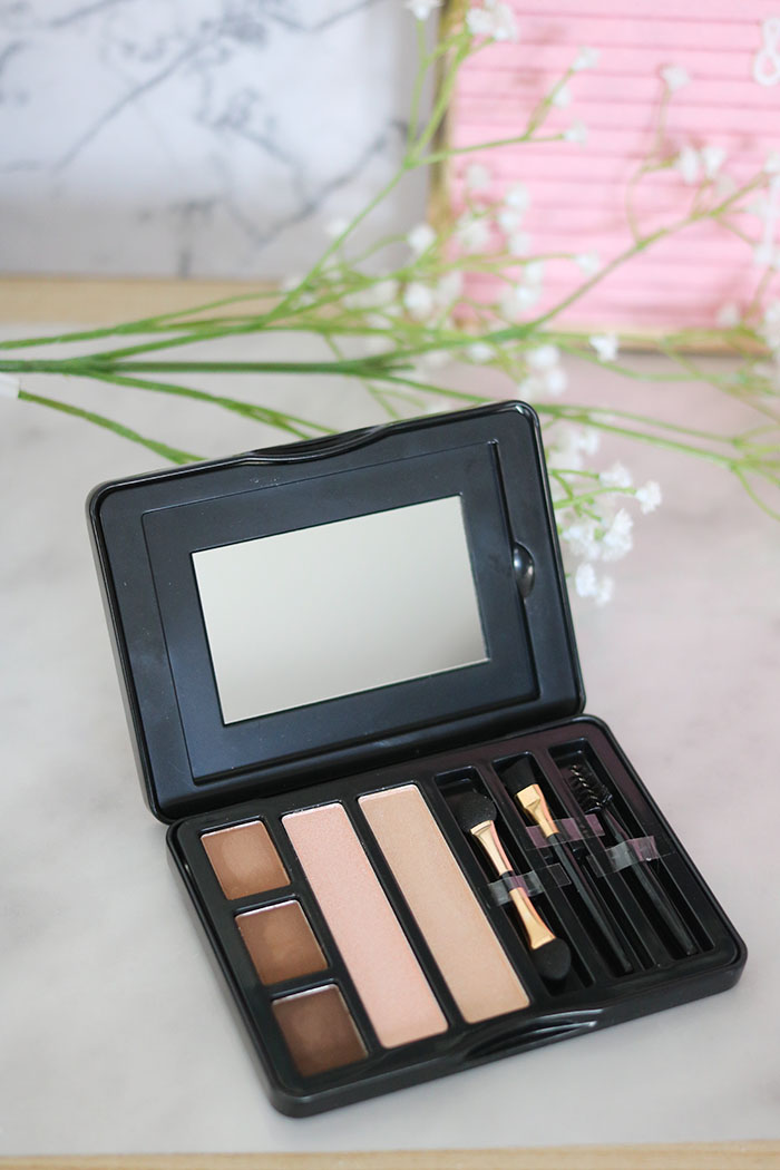 action gorgeous eyebrows palette qentisse exclusive