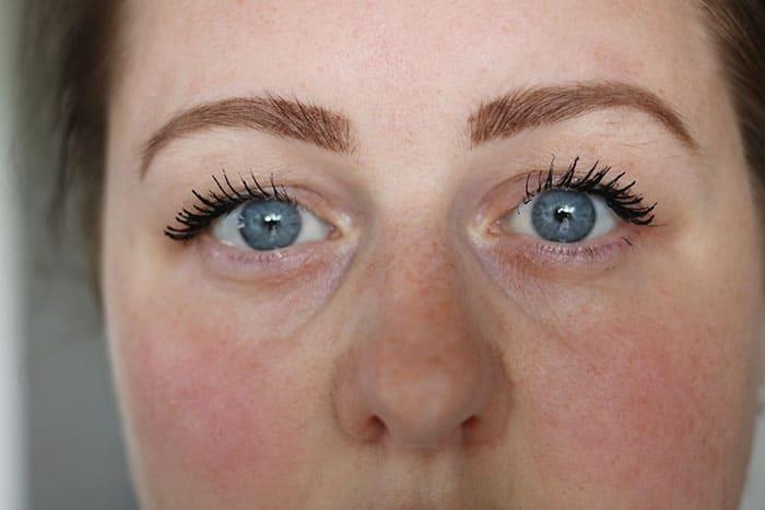 catrice eyeconista waterproof mascara review swatch